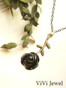 画像1: 黒バラの一粒ネックレス★オニキスのローズカット 天然石アクセサリー (1)