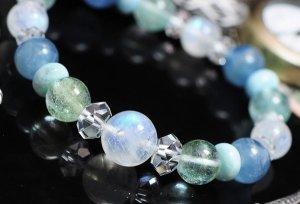 画像1: 海のブレスレット ラリマー・ブルームーンストーン・ブルートパーズ・グリーントパーズ・ブルーカルサイト・水晶 天然石ジュエリー (1)